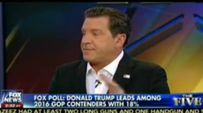 Fox News' Eric Bolling Tells Other GOP Pundits That They Need To Kiss Donald Trump's Ass