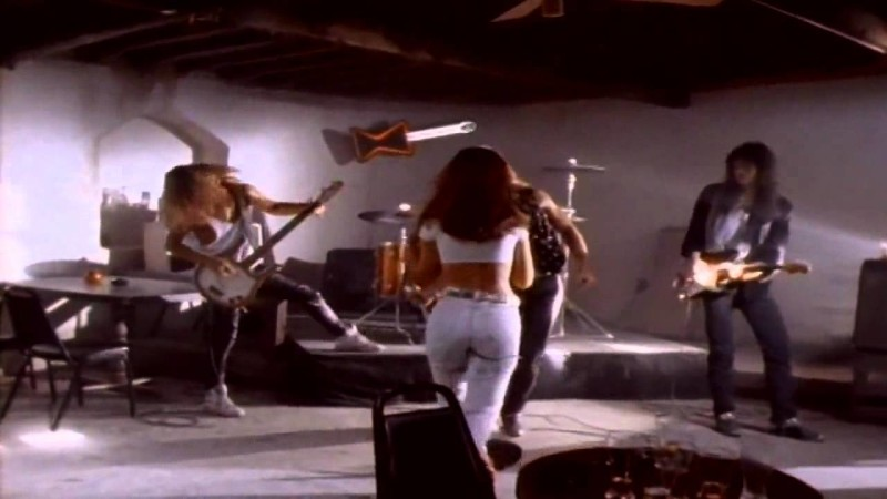 Contemptor's Late-Night Crappy '80s Hair Metal Video: Radar Love By White Lion