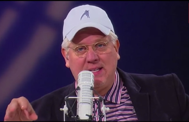 Wingnut On Wingnut Violence: Glenn Beck Calls Out Sean Hannity For His Love Of Donald Trump