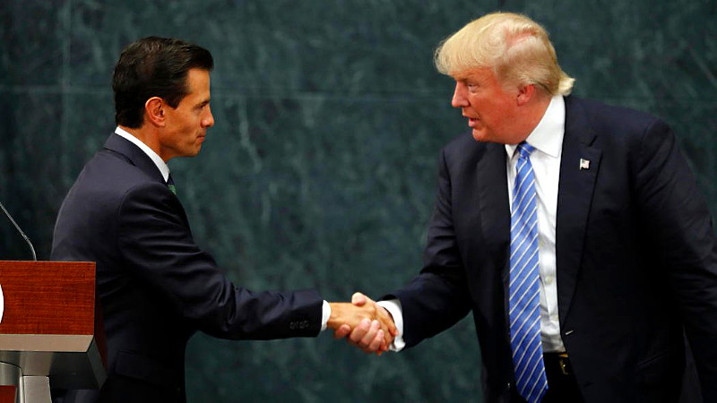 Donald Trump Brings Jaw-Dropping Political Theater To Mexico