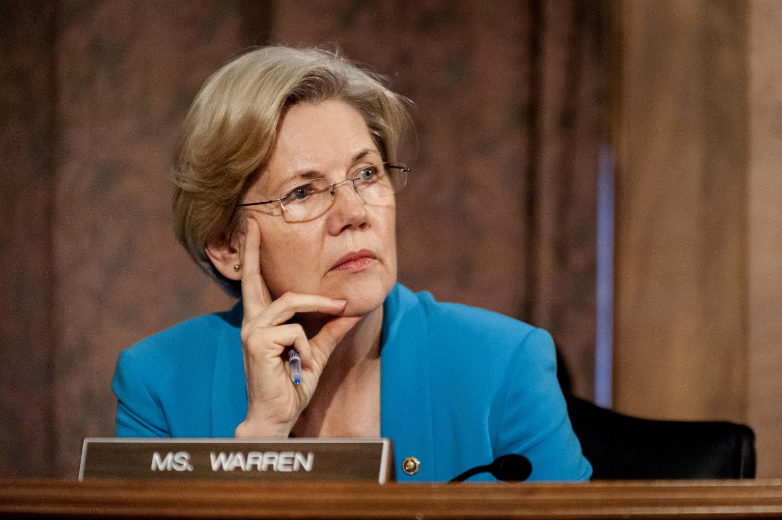 Elizabeth Warren's Oldest Brother Dies from Coronavirus