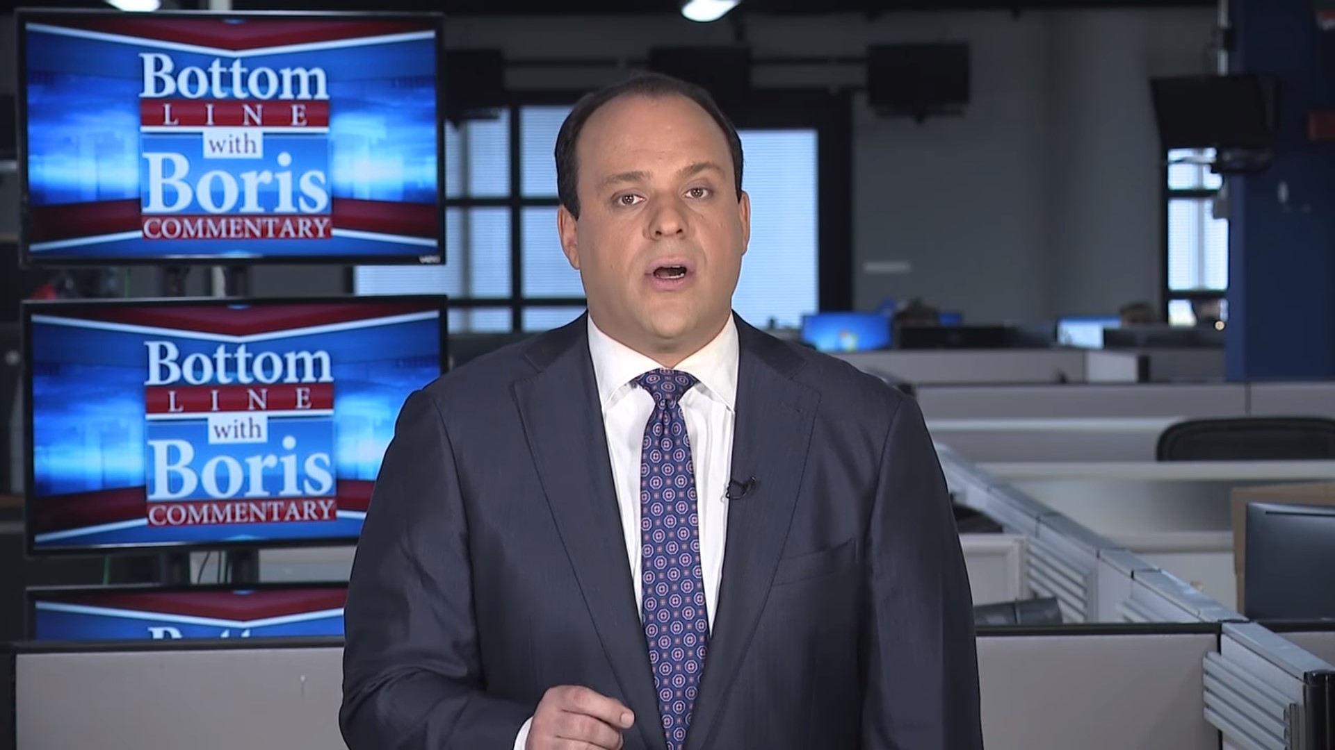 Sinclair's Latest 'Must-Run' Segment Pushes Dishonest Right-Wing Smear Against CNN's Chris Cillizza