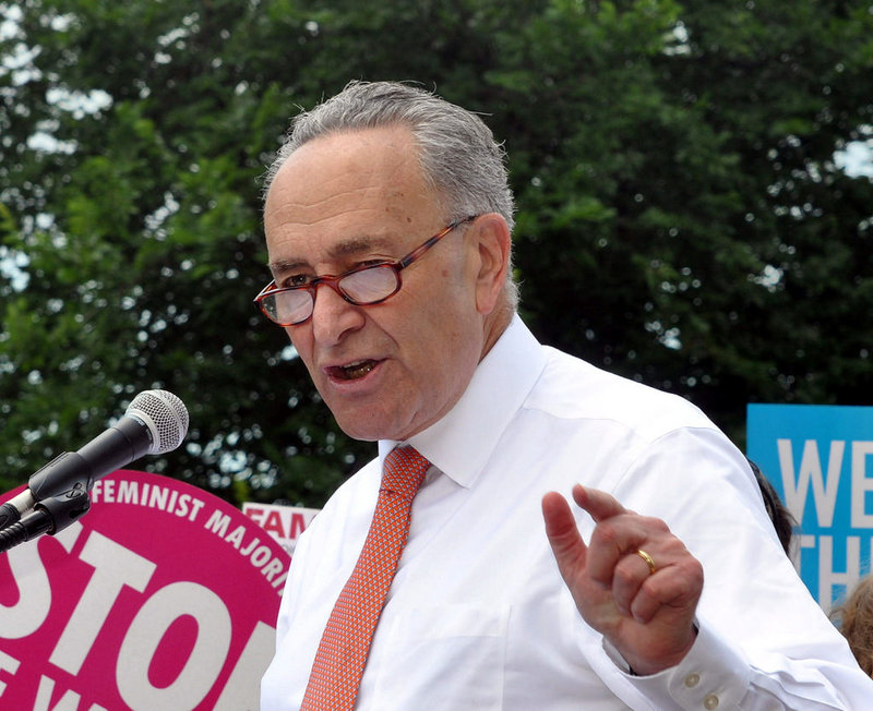 Chuck Schumer Says He Won't Be 'Dictated' to by Mitch McConnell