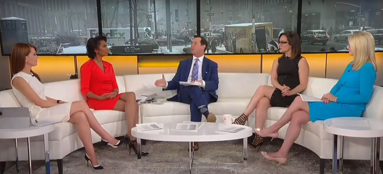 Watch Fox Hosts Pre-Spin Mueller Report as 'Tepid' Despite No One Having Seen It Yet