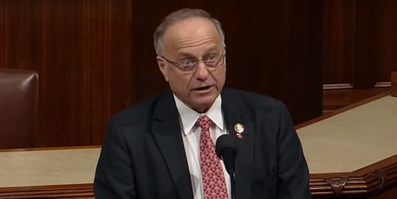 Asked if He Thinks White Societies Are Superior, Steve King Can't Give a Straight Answer