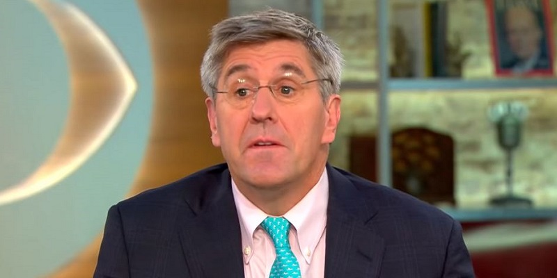 Trump Fed Pick Stephen Moore Defends Sexist and Misogynistic Columns: 'It Was a Spoof'