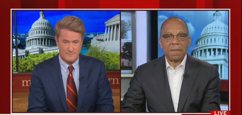 WaPo's Eugene Robinson: The White House Is 'In Panic', Trump's Campaign Is 'Going Down The Tubes'