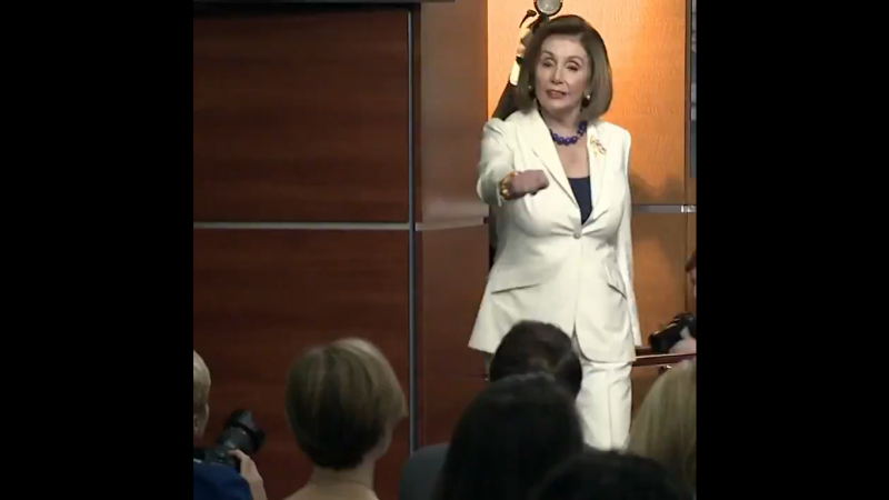 Pelosi Rebukes Sinclair Reporter Who Asks if She Hates Trump: 'Don't Mess With Me'