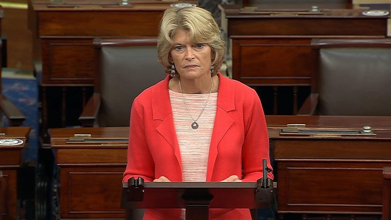 Lisa Murkowski, Who Said She Wouldn't Confirm New Supreme Court Justice Before Election, Now Backs Barrett
