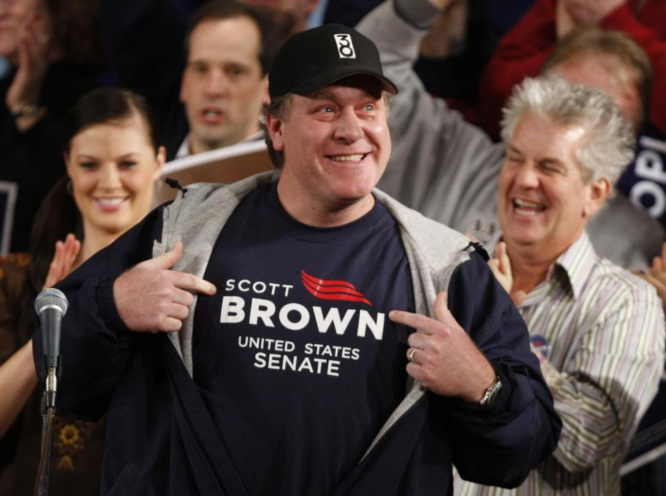 Hey, Did You Know That ESPN's Curt Schilling Thinks Muslims Are Basically The Same As Nazis?