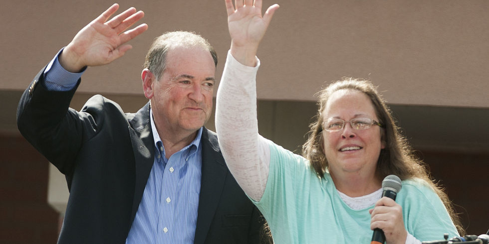 Mike Huckabee Strikes A Faustian Bargain