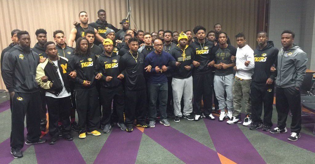 Unsurprisingly, Conservatives Use Mizzou Protests To Fearmonger Over Race And PC Culture