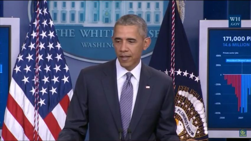 """Obama: """"This Is Not A Reality Show!"""" Reporter: """"Did You See Trump's Taco Bowl Tweet?"""""""