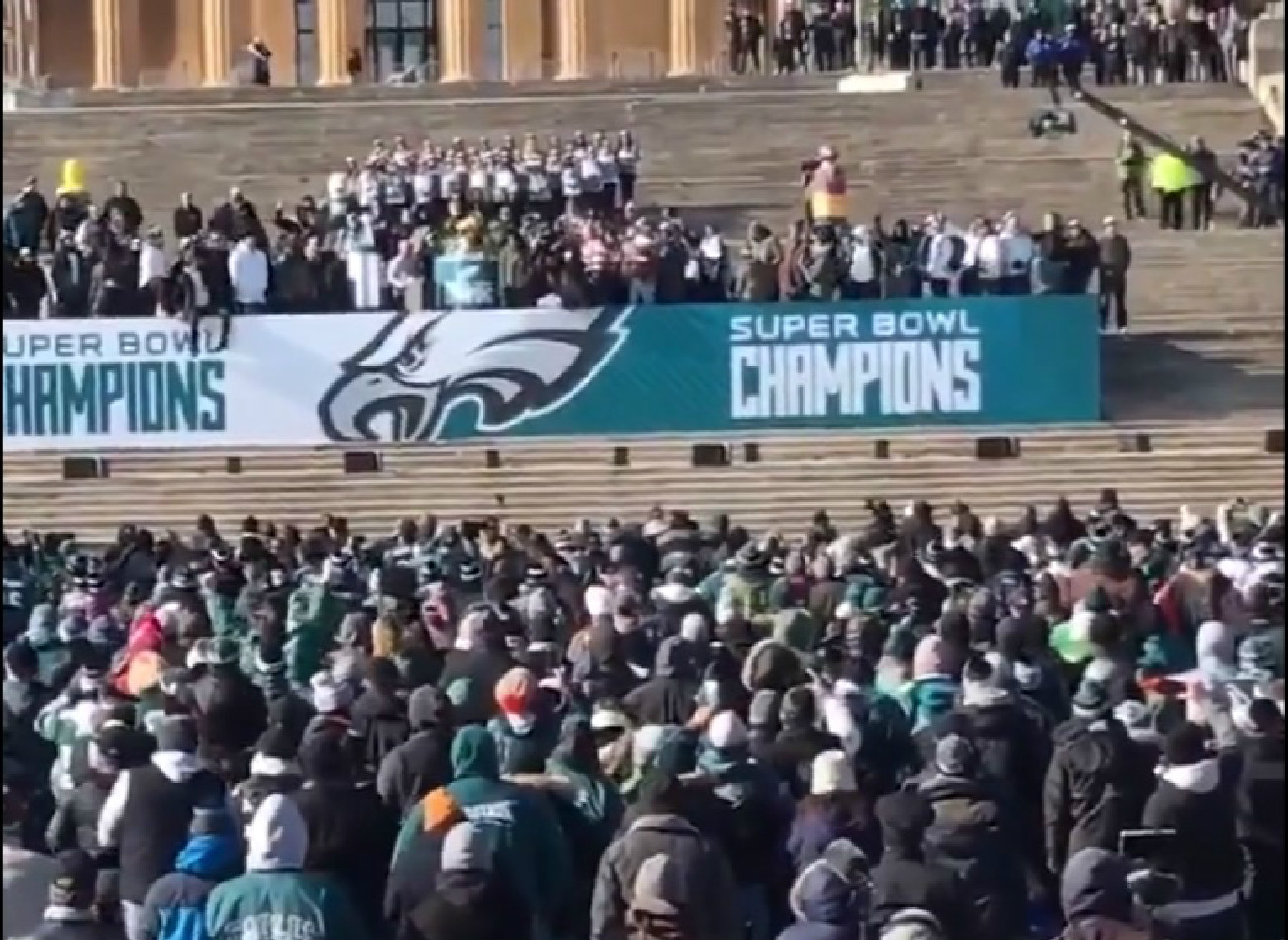 White House Continues War With Philly: 'The Eagles Team Decided To Abandon Their Fans'