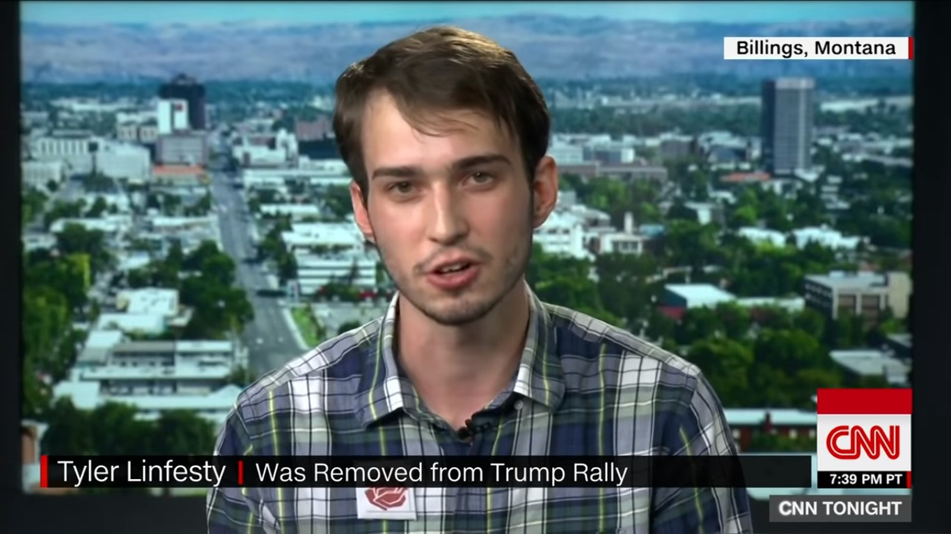 Plaid Shirt Guy Tells CNN That Secret Service 'Told Me To Leave' After Removal From Trump Rally
