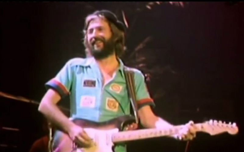 Eric Clapton Was A White Nationalist. Please Don't Buy His New Christmas Album.