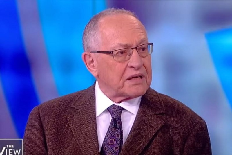 Trump Wants Alan Dershowitz on His Legal Team for Impeachment Trial